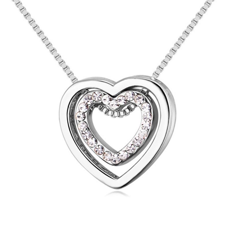 836465a80f38 De moda pequeña delicada corazón inicial Collar personalizado letra collar  nombre joyería para Mujer Accesorios novia