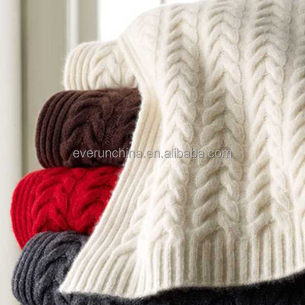 50DA68 wool cable knit luxury knit throw blanket for sofas