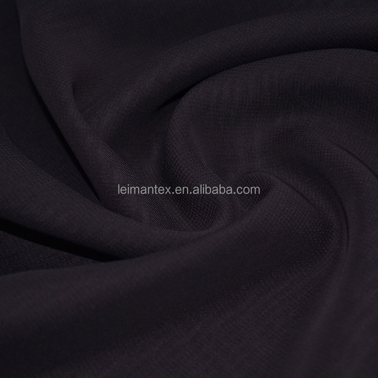 High quality permeable to air polyester fashion chiffon fabric