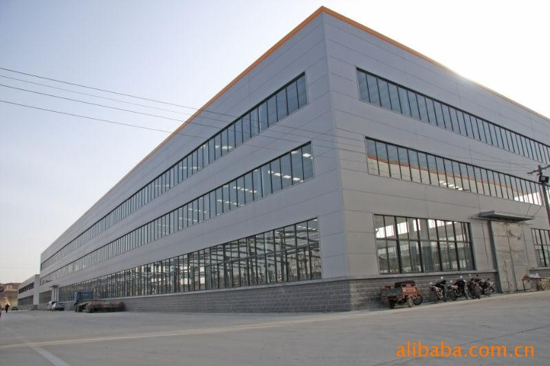 BS,AISI Standard and Q345B Grade steel structure Logistics Park