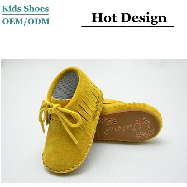 7ccb11f69f306 Fabricant de chaussures de bébé semelle souple en caoutchouc frange bébé  belle mocassins bottes ...