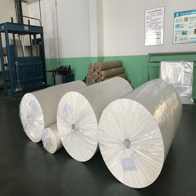 fast production sublimation transfers paper jumbo industrial paper roll on calendar