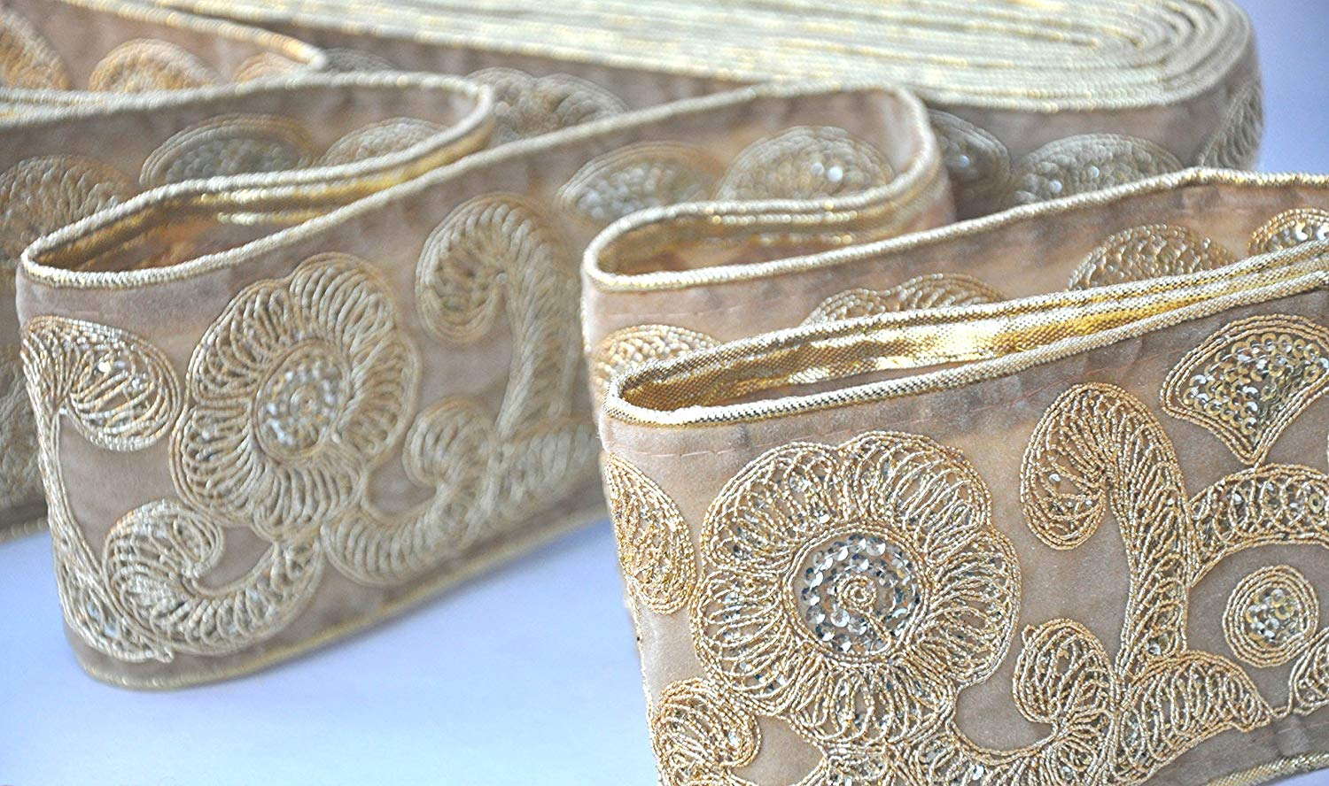 1 Yard Latest Indian Cutwork Bow Patch Sari Dupatta Golden Zari Lace Trim Border