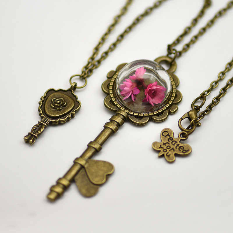 New Coming The Beauty And Beast Necklace!!! Accept Customized Key Pendant Necklace Glass Bottle With Dry Flower Necklace