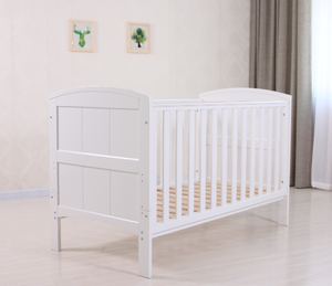 Qualified Euro clissic NZ solid wooden baby cot/baby crib