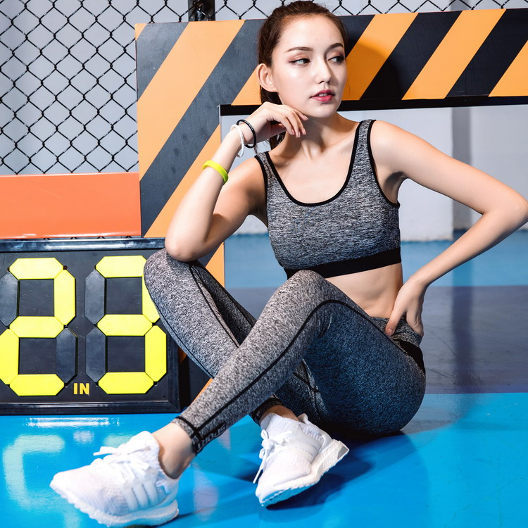 Factory OEM Wholesale Unbranded Fitness Gym Running Workout Yoga Bra Sets Sportswear Women Active Wear Womens