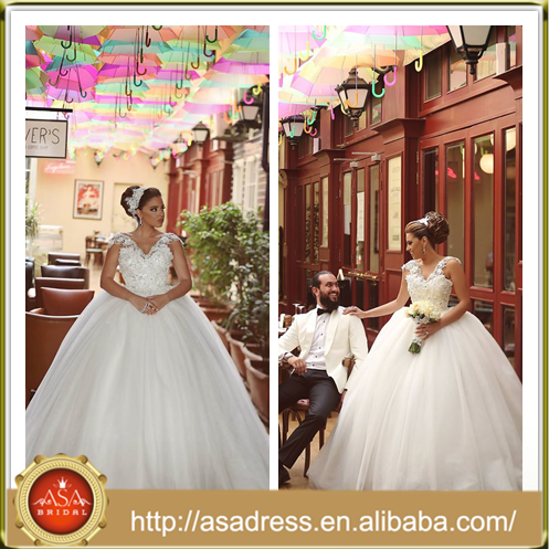 AP 13 Plus Size High Quality Lave Appliqued Formal Bridal Gown 2015 Cap Sleeve Ball