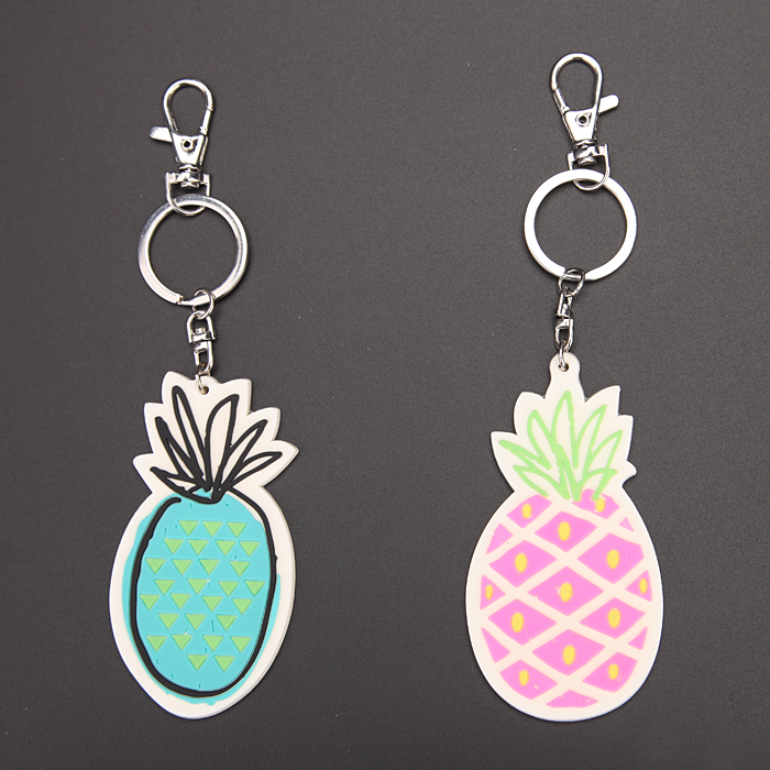 promotional fruit pineapple shaped pvc rubber keychain