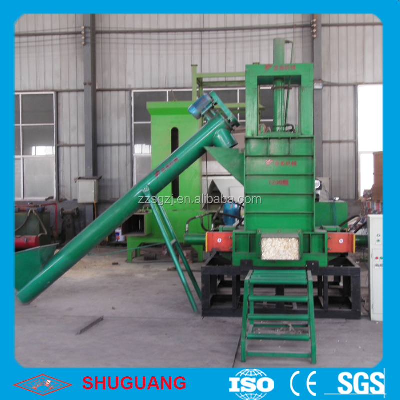 Low cost compress machine for wood sawdust