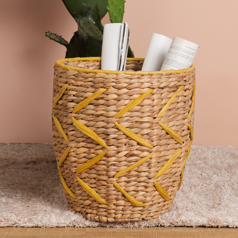 Wholesale wire support flower straw toy laundry storage bin woven water hyacinth grass seagrass hamper belly plant basket