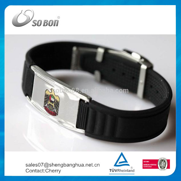 2015 UAE promotion gift eagle symbol silicone wristband with snap strap