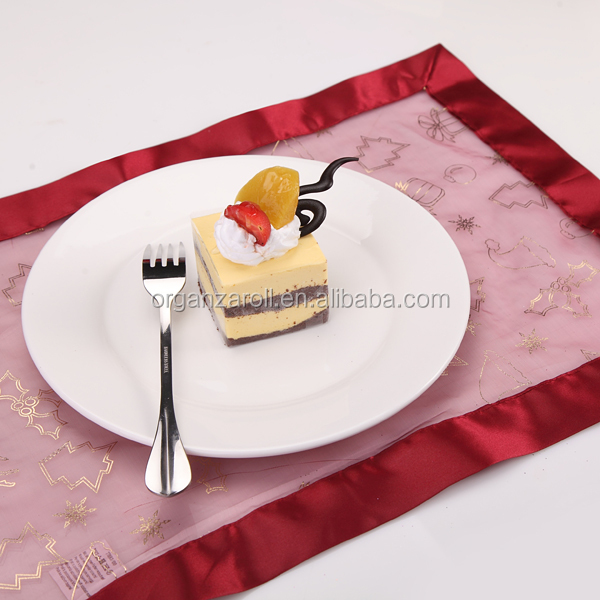 2015 china manufacturer new design luxury applique style table runner