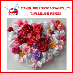 2015 Handmade elegant satin ribbon roses with different colors for option