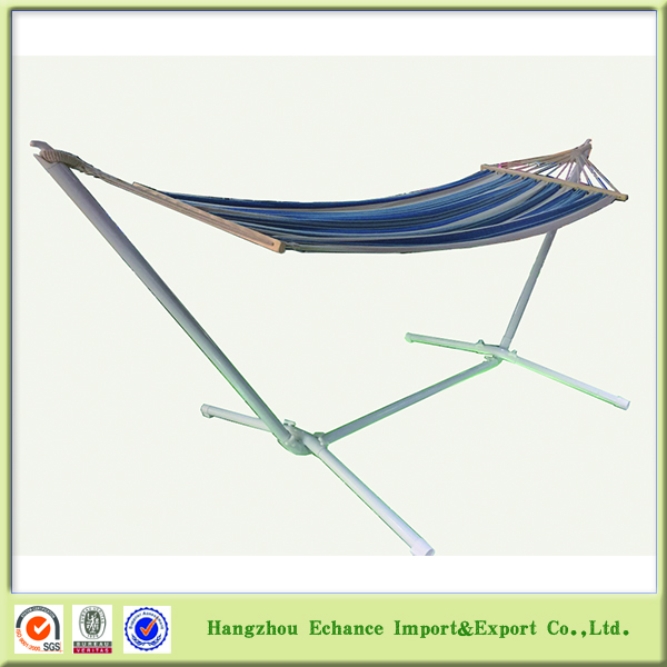 Outdoor wooden bar swing hammock with strengthen metal base stand