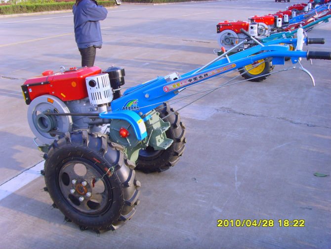 hand tractor price