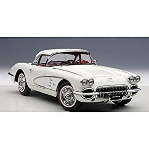 1958 Chevrolet Corvette Snowcrest White 1/18 by AutoArt 71147