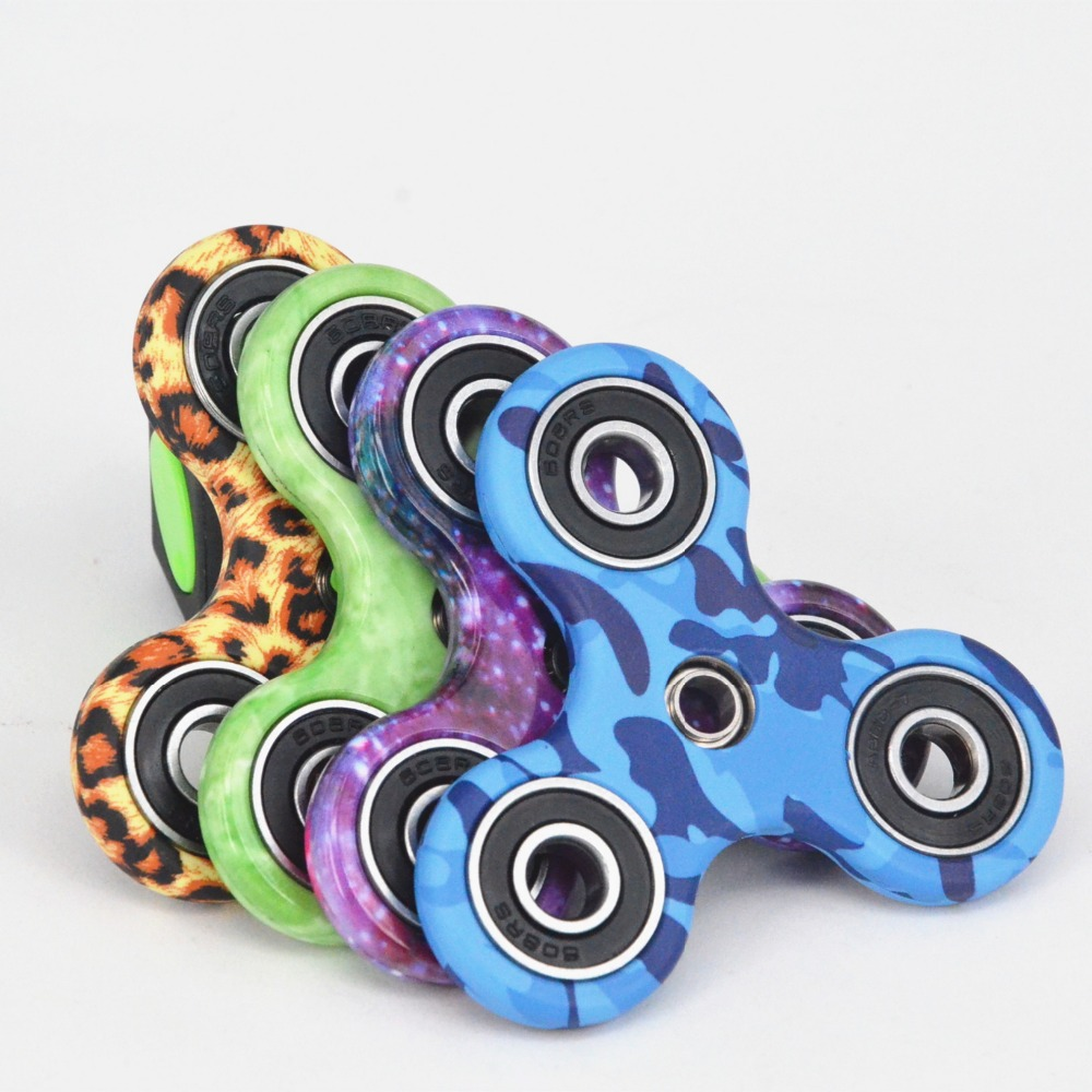 Hand Fidget Spinner finger tip top Rotate the gyro luminous entertaining diversions