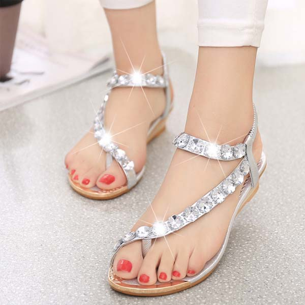 2017 New design ladies sandals with fashion jewelry Bohemia style