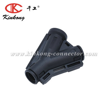 Auto connector wire pigtail clip