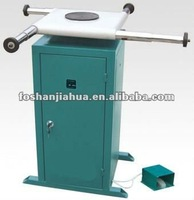 Rotated sealant-spreading table/doors and windows machine
