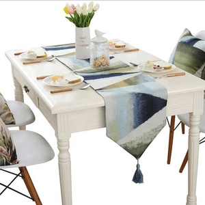 Wholesale Luxury Decorative Hot Stamping Table Runner
