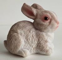 Animal Resin Ornaments Nature Rabbit Figurine For Decoration