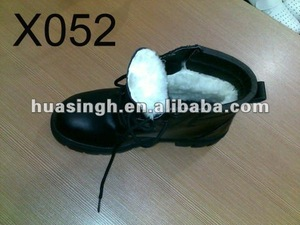waterproof leather fur lined winter safety boots with real wool