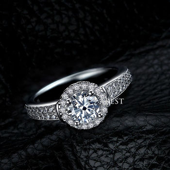 New Design Hot Sale Jewelry 925 Sterling Silver White Gold Filled Engagement Ring With Charming CZ