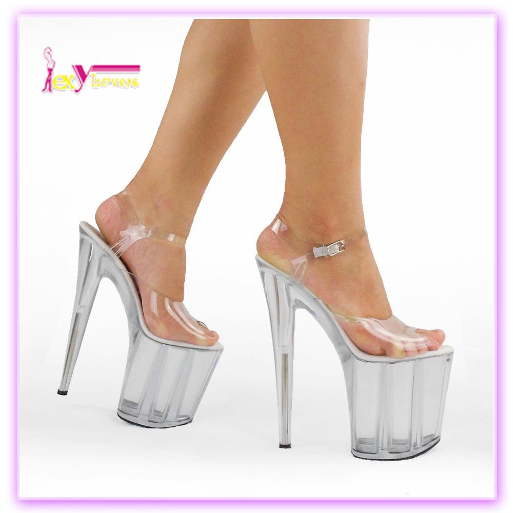 Секс женщиной на каблуках