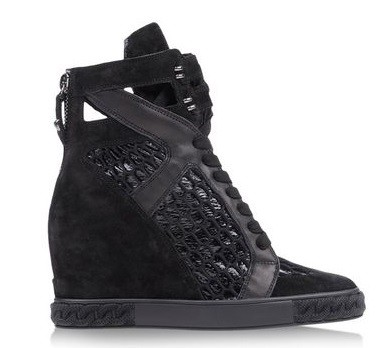 Black sneaker heel shoes for womens