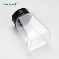 Transparent Decorative Flavor Condiment Bottles 9OZ PET Salt Shaker Plastic Spice Jar