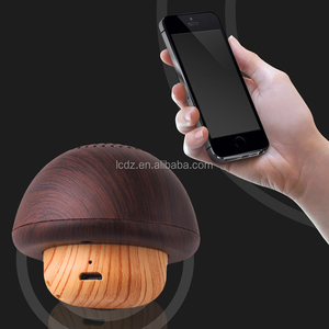 Creative nut wood Bluetooths speaker portable wireless gifts phone mini Bluetooths stereo