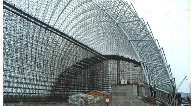 Alibaba gold supplier prefabricated steel frame/ steel roof truss design