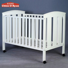 Safety Standards Convenient Design Baby Crib Attached Bed With Removable Wheels