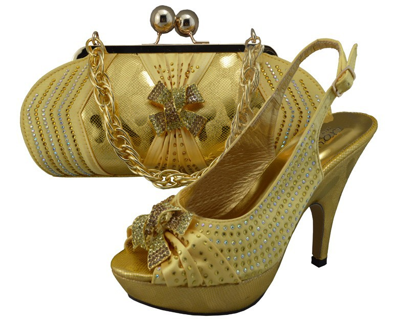 African Fashion italian Shoes and Matching Bags set,with plenty stone for party Italy type Shoes and Bags in Gold
