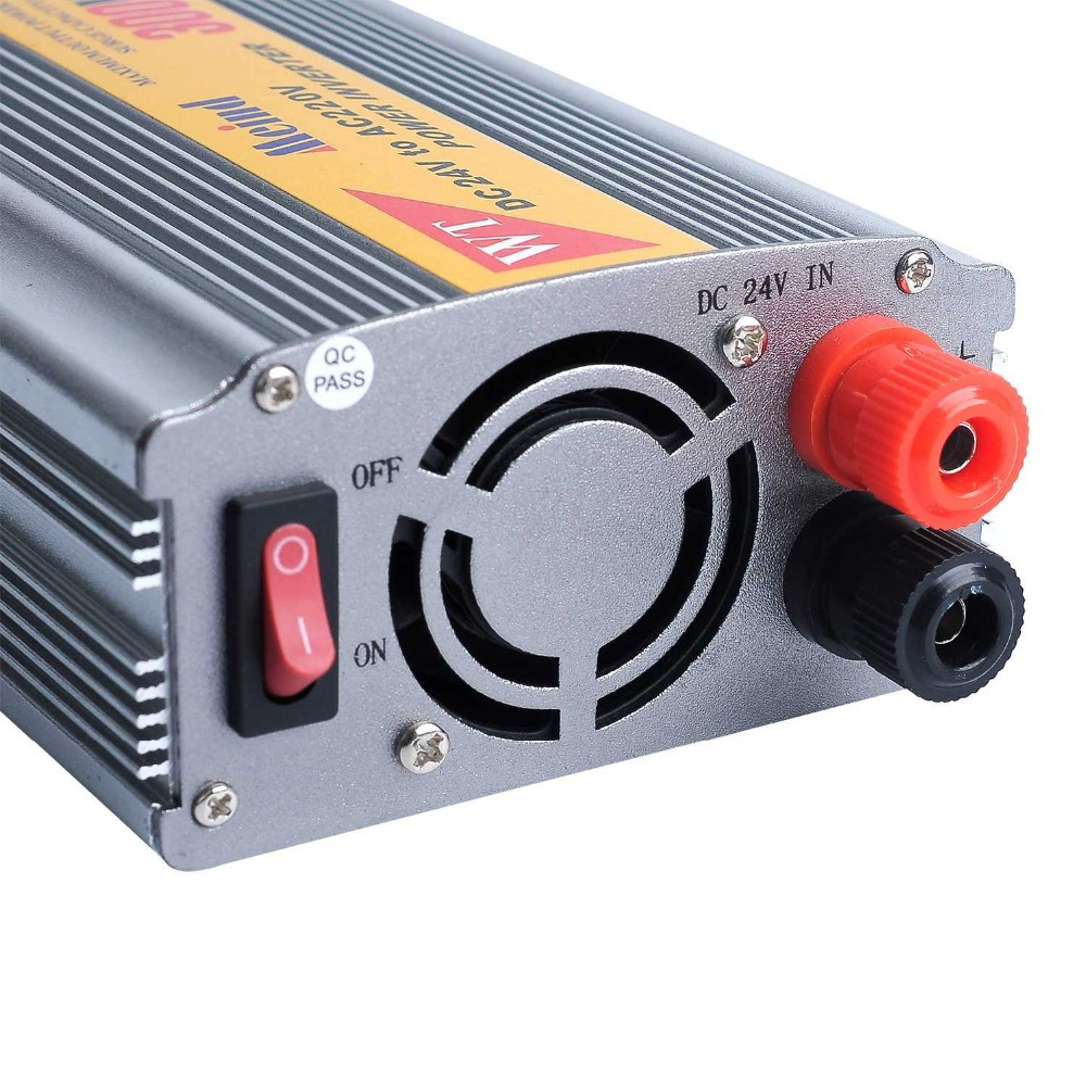 300W Meind Car Power Inverter with DC12V or DC24V to AC220V