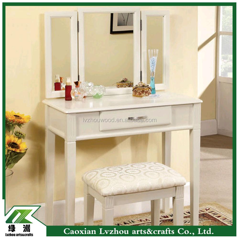8 draer white dressing table 0 manger