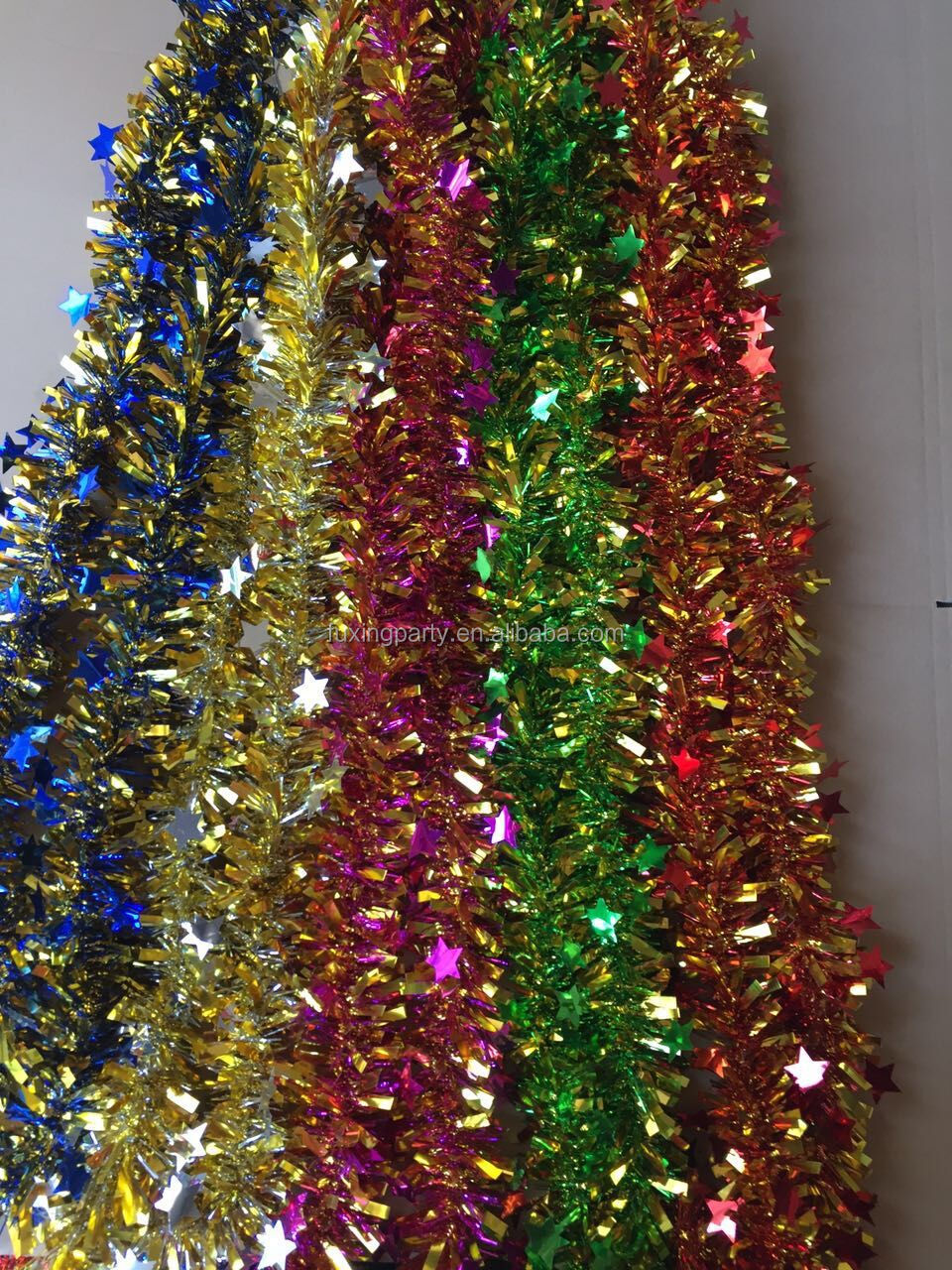 Christmas tree tinsel garland merry christmas and happy How to decorate a christmas tree without tinsel