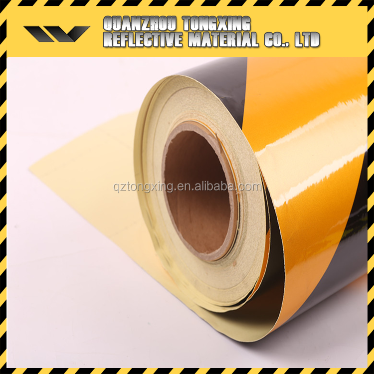 Advertising Grade 2-colored Reflective Sheeting , Road Safety Sheeting