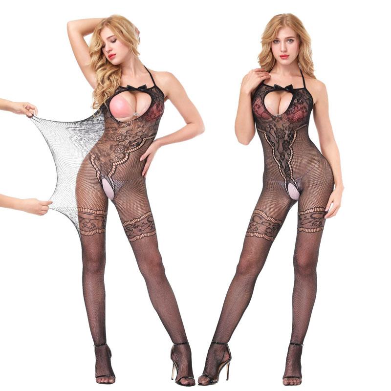 сексуальное нижнее белье обнаженной