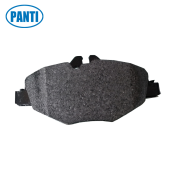 Auto Brake Pads D987 Fits MERCEDES BENZ E320 E350