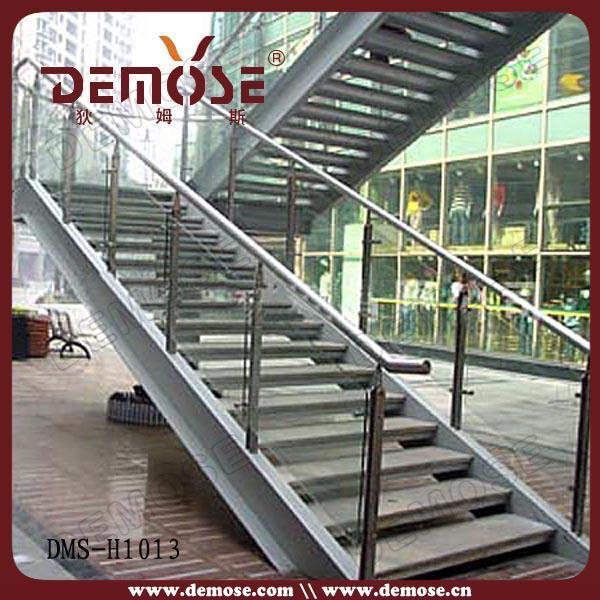 Quality metal outdoor stairs with steel steps buy for Exterior metal stairs