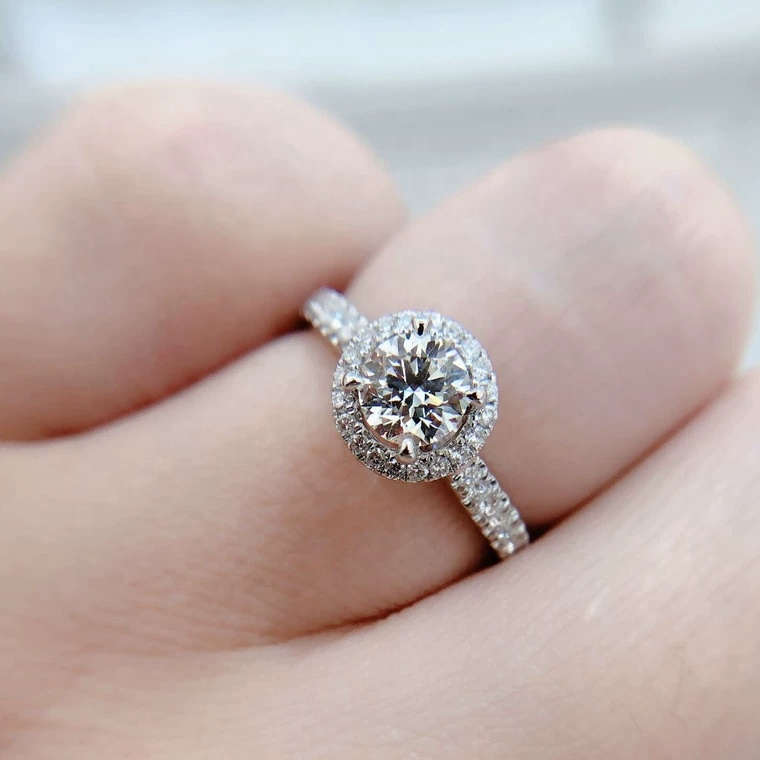 Elegant Women S Trend Real 18k Gold Wedding Ring With Moissanite Jewelry Platinum Rings For Diamond Silver