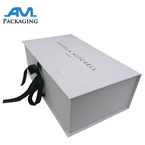 Wholesale custom logo printed packaging box dress paper gift box with ribbon