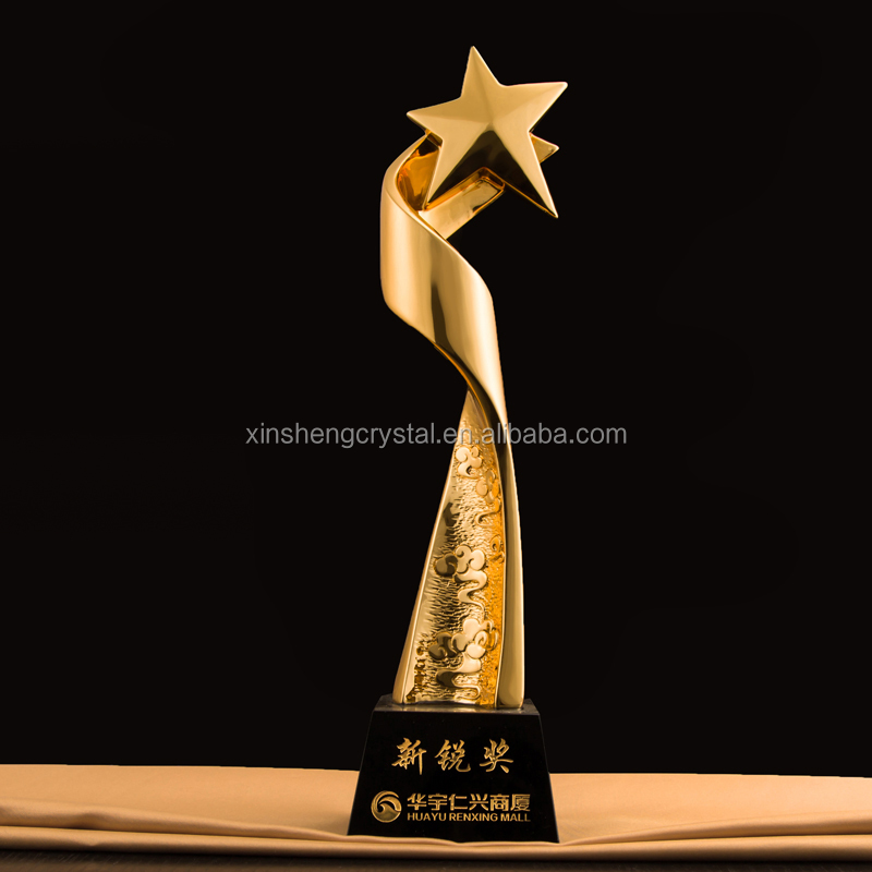 2017 New Design Star Metal Crystal Trophy And Awards With Black Base