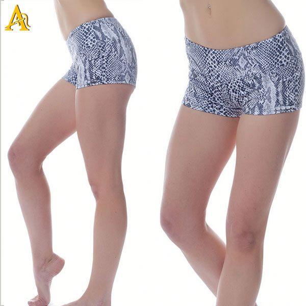 Grosir Kustom Wanita Menjalankan Celana Pendek Dicetak Legging Yoga Celana Grosir Buy Grosir Kustom Wanita Menjalankan Celana Pendek Yoga Celana Grosir Dicetak Legging Product On Alibaba Com