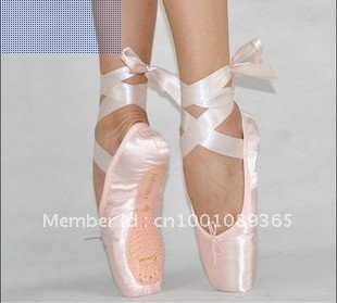 Free shipping on women's ballet flats at fascinatingnewsvv.ml Shop ballet flats for women from the best brands including Tory Burch, Sam Edelman, Valentino and more. Totally free shipping & returns.