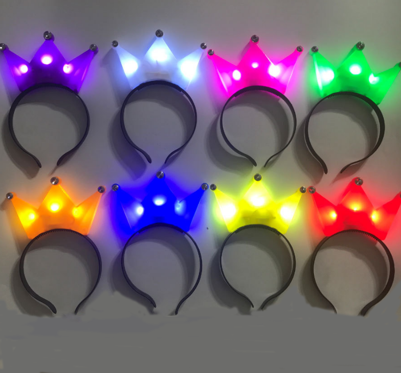 Factory Direct Selling Fashion Party Supplies Cool Light Crown LED Headband Flash Crown Headwear