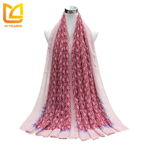 2017 Hot sale! Wholesale custom print pattern pashmina velvet shawl