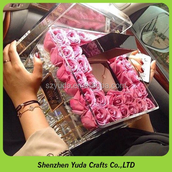 Wholesale 36 Roses Square Acrylic Rose Box Clear Flower
